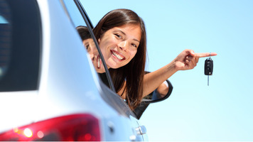 Need Affordable Car Hire Service in Taylors Lakes?