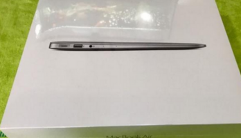 "New Sealed MacBook Air 13""/2016/Core i7 $1,900.00"