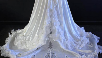 VINTAGE REPRODUCTION CREAM SATIN WEDDING DRESS