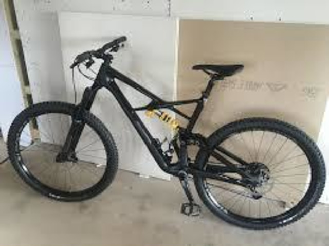 2018 Specialized Enduro Coil 29/6Fattie $2,990