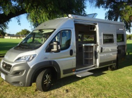LUXURIOUS MOTORHOMES FOR SALE PERTH