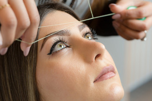 Redefine your Look with a Dramatic Makeover in No Time