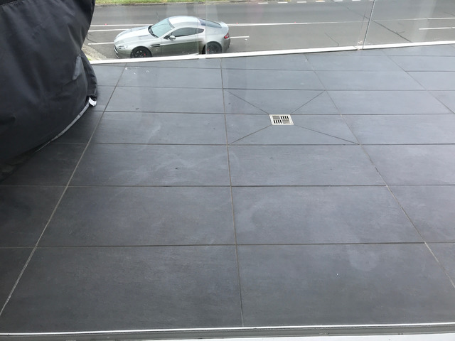 Hire Experts for IMPECCABLE Window Cleaning Service for SHEEN Surface